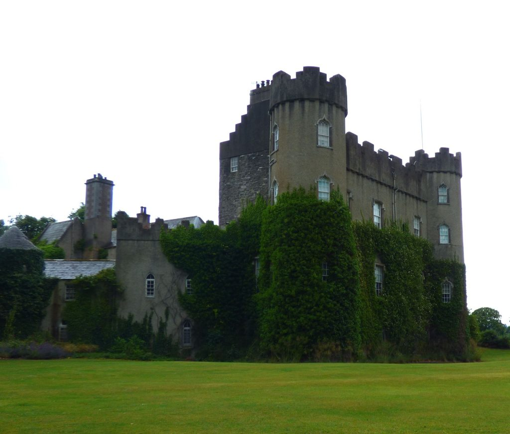 Contented Gypsy | Ireland Castle