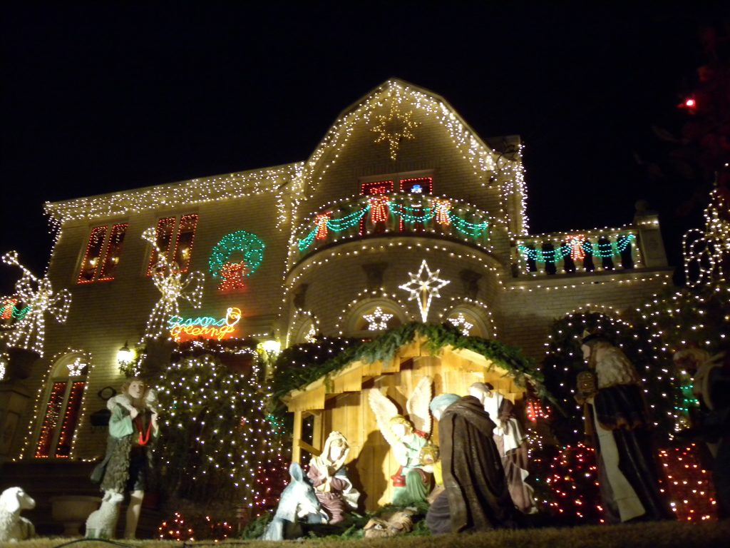 Contented Gypsy | Dyker Heights House Christmas Lights